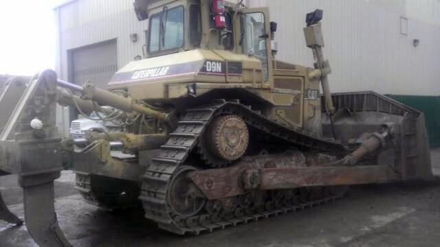 Cat D9N 6XJ00735